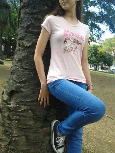 Camiseta bordada MONA MONTES