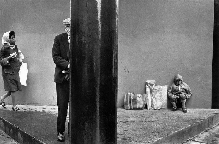 Josef Koudelka. GREAT BRITAIN. London. East End. 1973. Market.