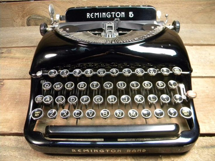 Vintage Remington Rand 5 portable typewriter #Remington