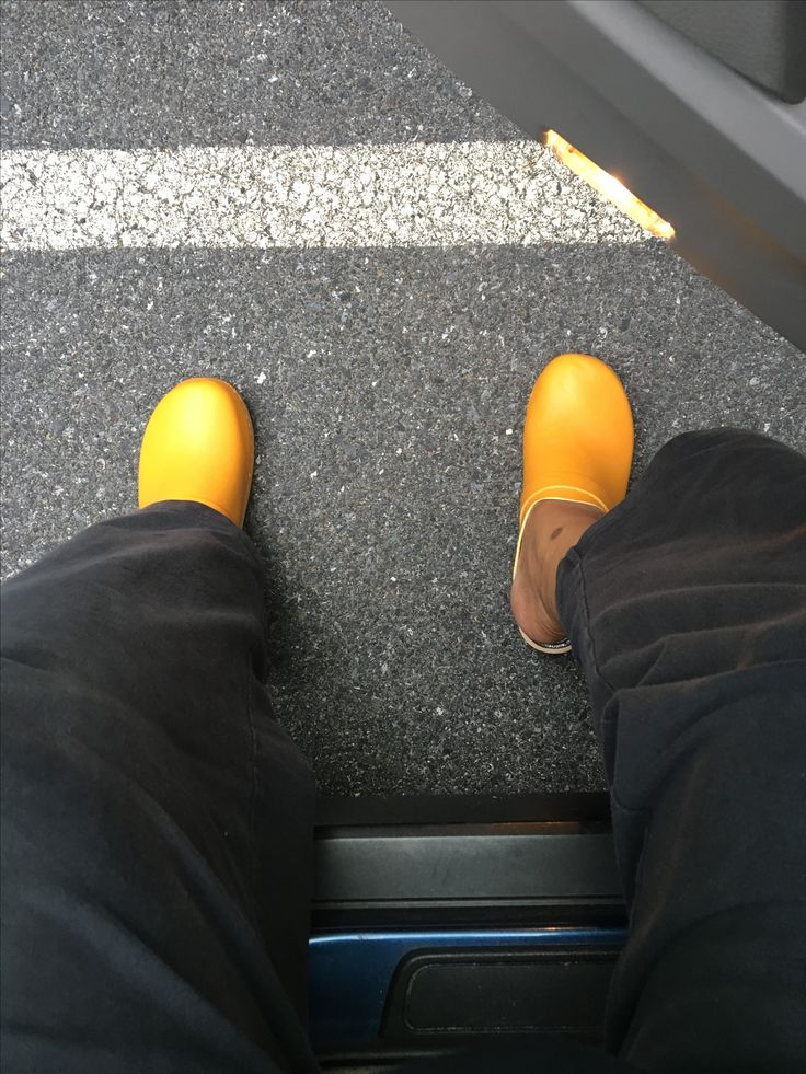 Clogs at work