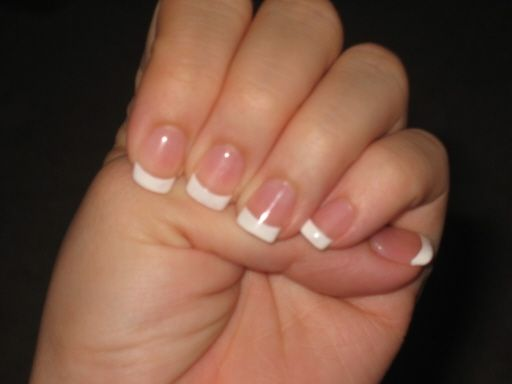 Are french nails in style