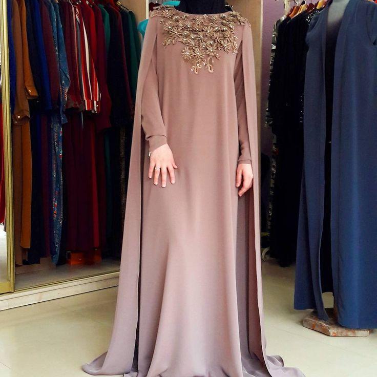 "667 Likes, 22 Comments - одежда для мусульманок (@asma__dress) on Instagram: ""Кейп .снова в наличии.12000"""