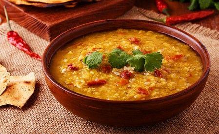 Mung-Dal mit Tomaten