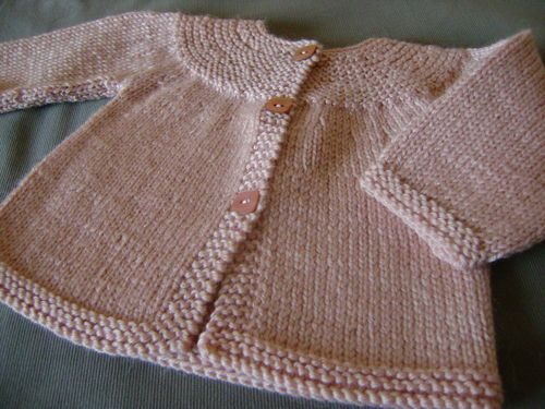CARDIGAN (COPRIFASCE) WITH ROUND YOKE measures 3-6-12-18 -24 months irons 3.5