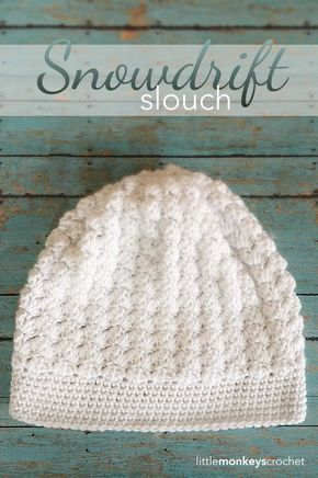 Lovely stitch - a pretty simple slouchy hat pattern thats worked in rows and cinched at the end. Made using the Double Crochet Cluster Stitch. Free pattern over at Little Monkeys Crochet.