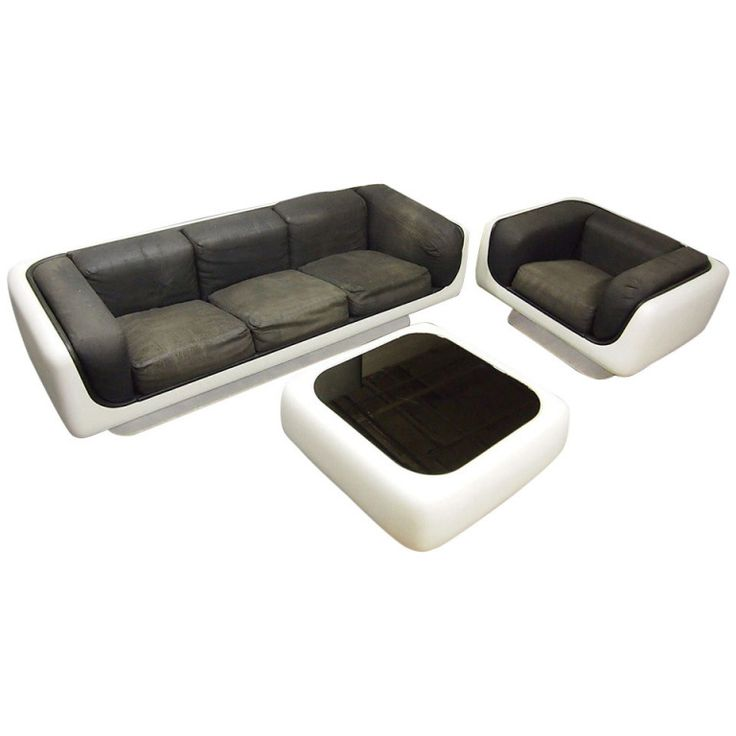 Sofa Chair and Coffee Table by Warren Platner for