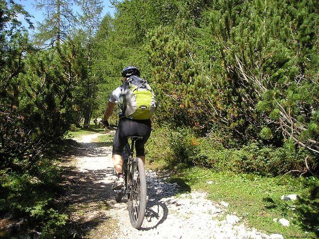 Welche GPS Uhr zum Radfahren? Welche GPS Uhren sind die besten fürs Fahrrad? Für welches Modell soll ich mich entscheiden wenn ich mit dem Fahrrad unterwegs bin? Die besten GPS Uhr fürs Fahrrad 2016...