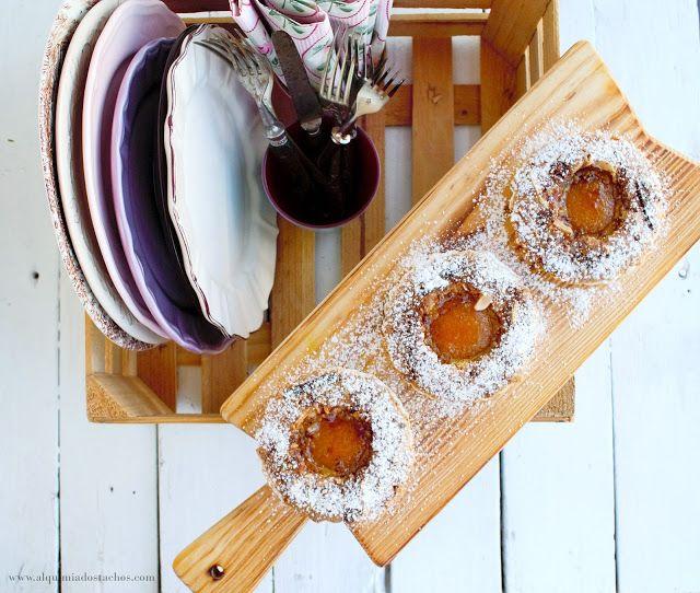 Apricot and almond tartlets | Tarteletes de alperce e amêndoa