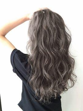 【Lien】『外国人風プラチナグレー』 - 24時間いつでもWEB予約OK!ヘアスタイル10万点以上掲載!お気に入りの髪型、人気のヘアスタイルを探すならKirei Style[キレイスタイル]で。