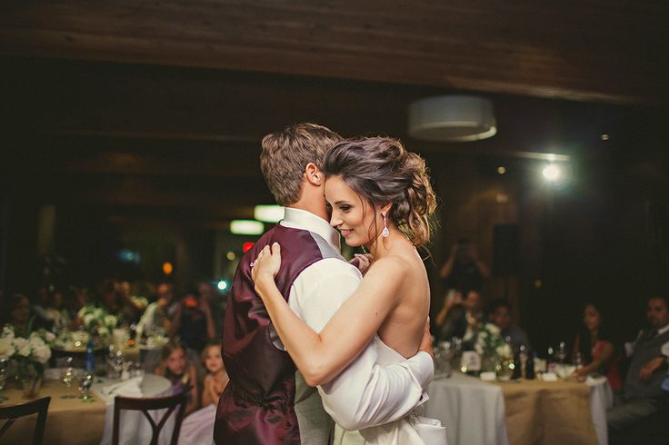 Photography: [stu-di-o] By Jeanie - jeanie.stu-di-o.com  Read More: http://www.stylemepretty.com/canada-weddings/2014/03/17/rustic-wedding-at-grouse-mountain-resort/