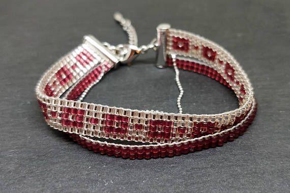 Pomegranate & rosaline color loomed bracelet/ Loom beaded