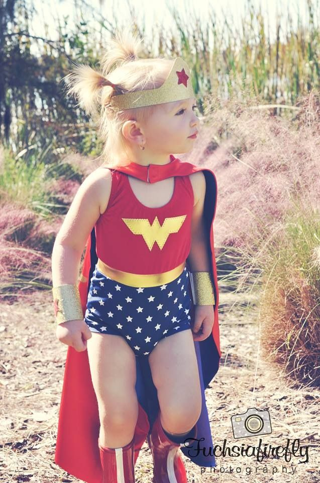 Toddler Wonder Woman costume l