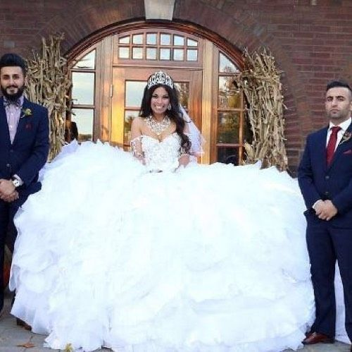 Wedding Dress. Wedding Dress on Tradesy Weddings (formerly Recycled Bride), the world's largest wedding marketplace. Price $20000.00...Could You Get it For Less? Click Now to Find Out!