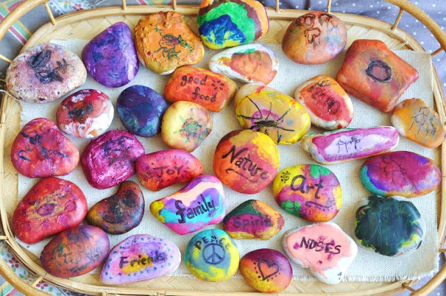 cultivate a child's attitude of gratitude with these thankful rocks