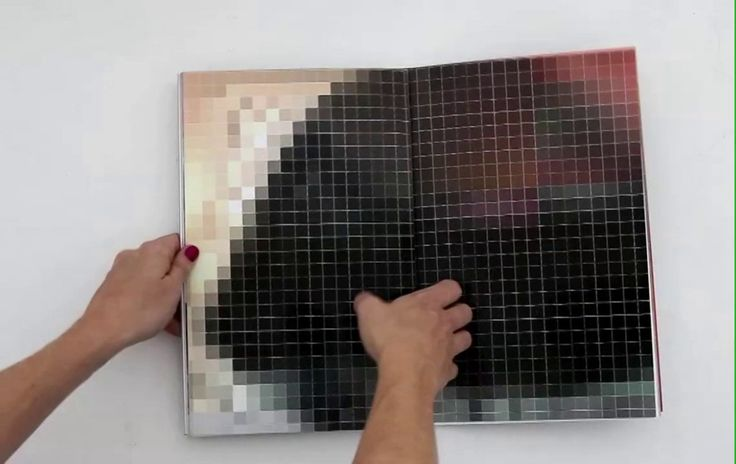 documentation video of artistbook PIXEL-STRESS
