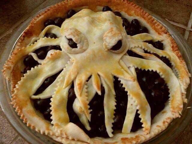 Krakenberry Pie. Hmm blueberry with a very fancy crust. I could totally do this...