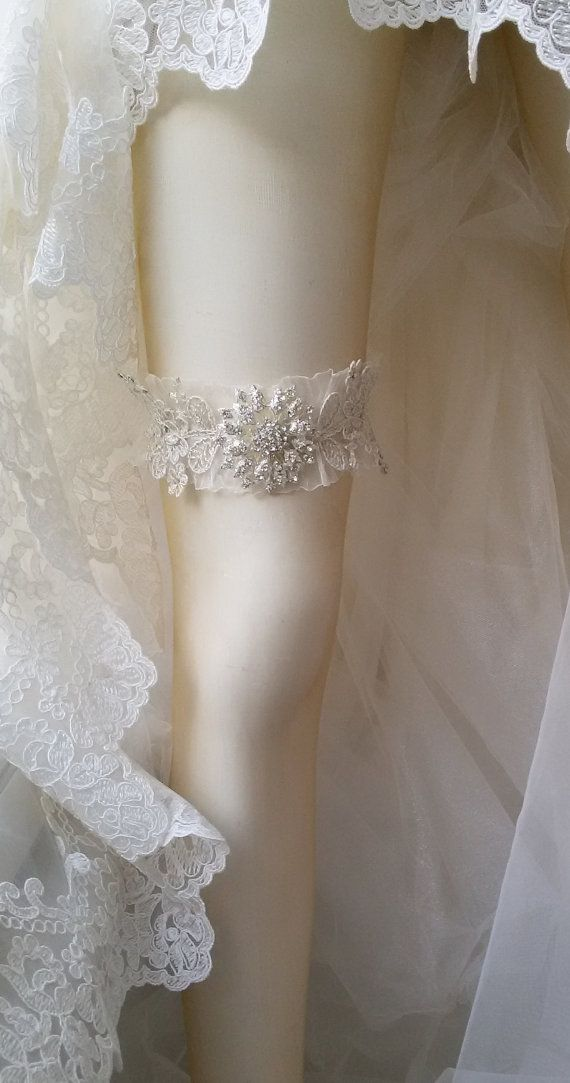 Wedding Garter Wedding leg garter Wedding Leg by UniqueCeremony