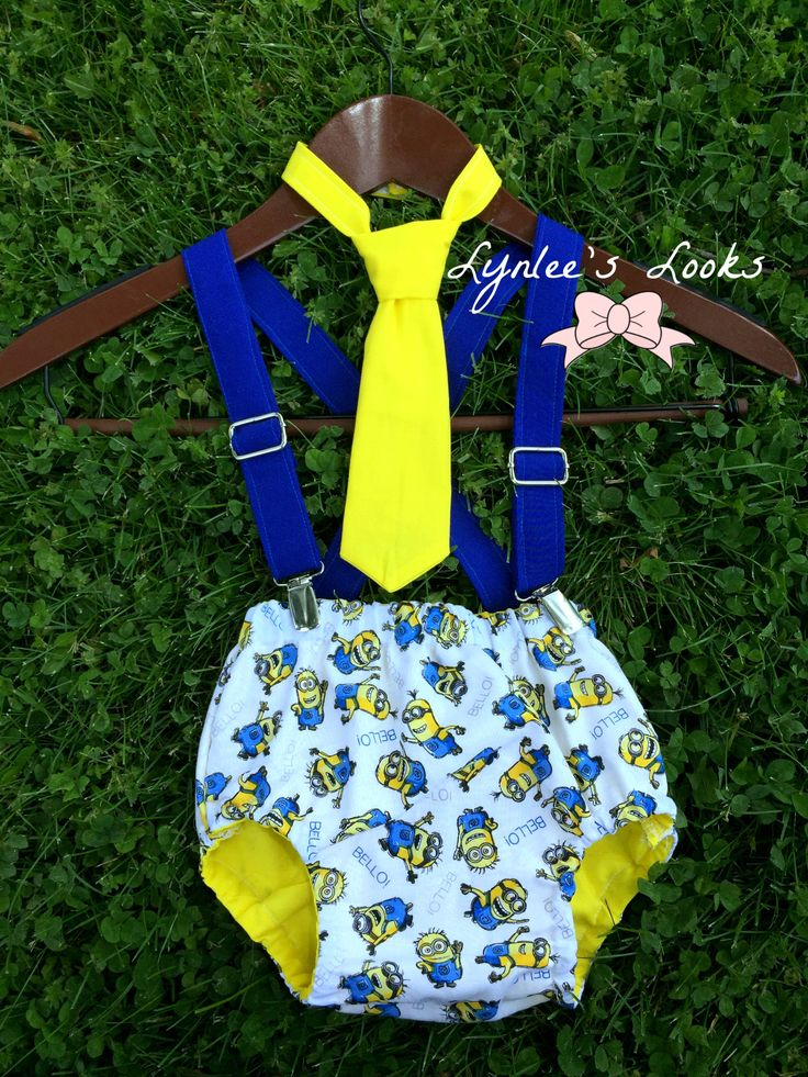 minions. minion birthday. minion cake smash outfit. minion birthday outfit.