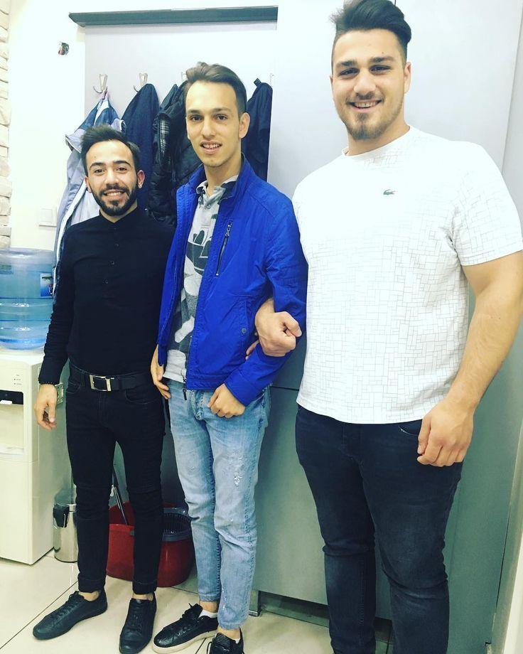 #daltonlar #sırada #saç #kesimi #sakal #kesimi #kuaför #barber #berber #kalite #güleryüz #sanat #dostluk #erdi #tataroğlu #et http://turkrazzi.com/ipost/1518087830974699512/?code=BURVNbPFxf4