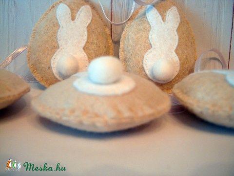 pompom farkincás nyuszi tojások 5 db (Filckucko) - Meska.hu
