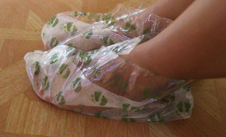 Ma 50 lat, a jej stopy wyglądają jak u 20 latki. Sprawdź jej tajemnicę dbania o stopy!