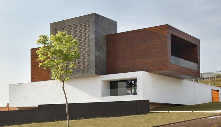LA House by Studio Guilherme Torres - Londrina, Brazil.