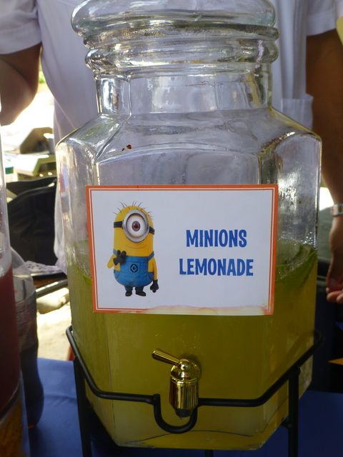Use Minion Google Printout on Lemonade container. Minions Birthday Party Ideas | Photo 1 of 39 | Catch My Party