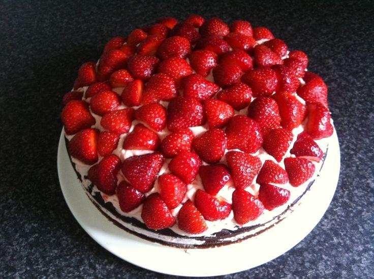 Chokolade-jorbær kage