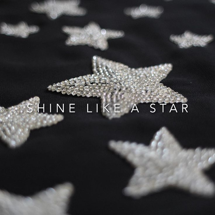 Shine like a star! #details #embellishment #stars #style #fashion #handmade #rapsodiacolombiaoficial