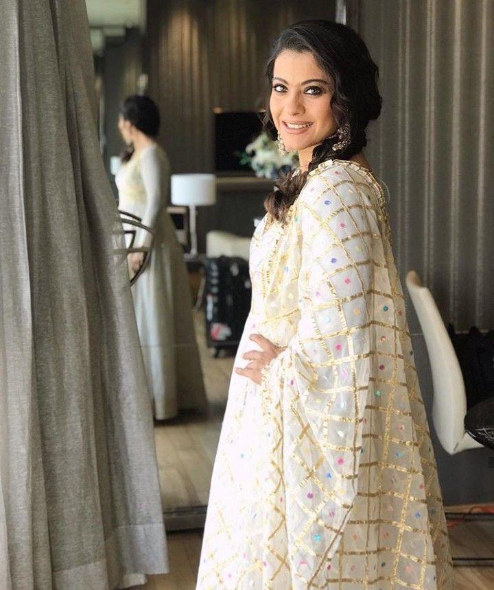 Beautiful Chanderi Dupatta with gota patti and hand work embellishments.