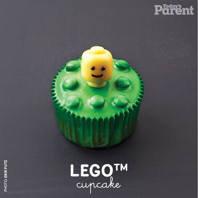 How fun is this LEGO™ cupcake? Find out how easy it is to create!