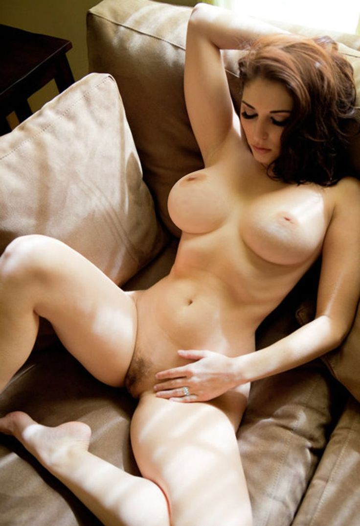 Nude middle age women masterbating