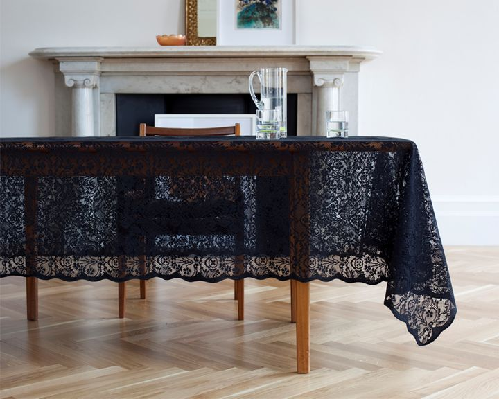 .: Shower Ideas, Lace Tablecloths, Black Magic, Inspiration Image, Black Lace Tables, Scottish Lace, Tables Covers, Dark Side, 79Idea Black Lace Tableclotch