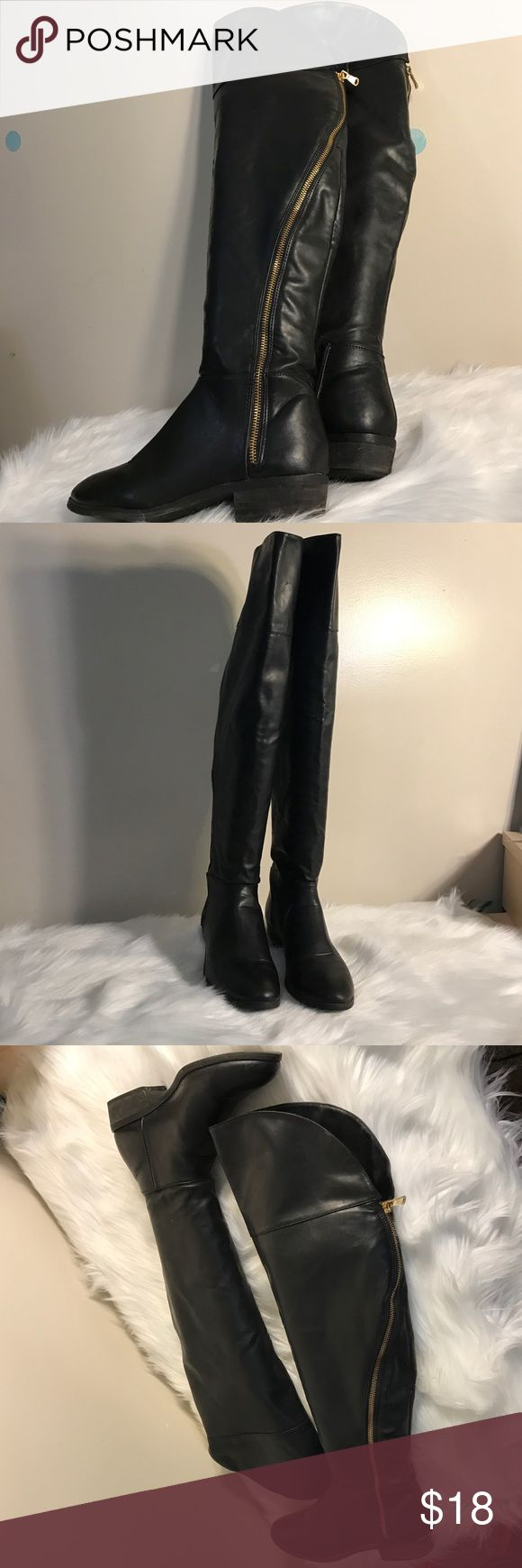 Report knee boots Used, Yet in great condition. Report Shoes Over the Knee Boots