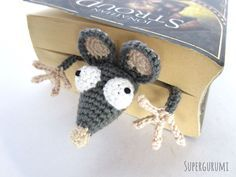 Book-Rat Crochet Bookmark