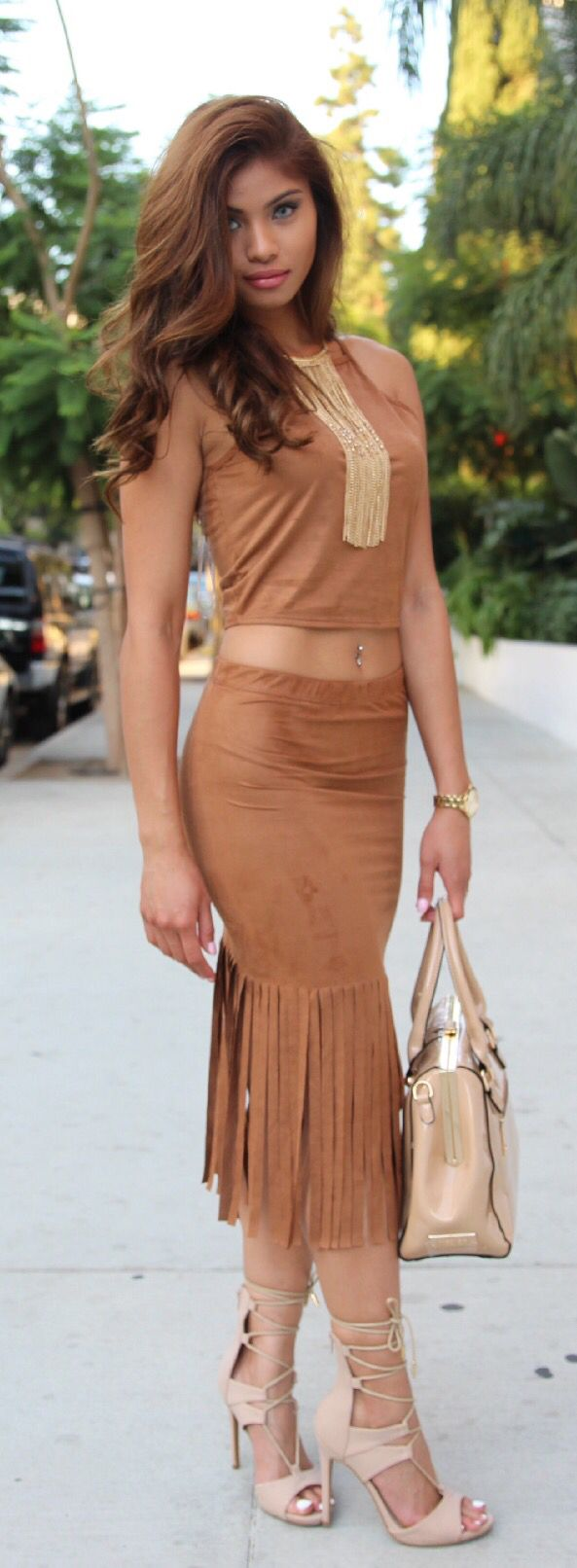This Pocahontas inspired two piece is great for a night out, so hot!!!!!!