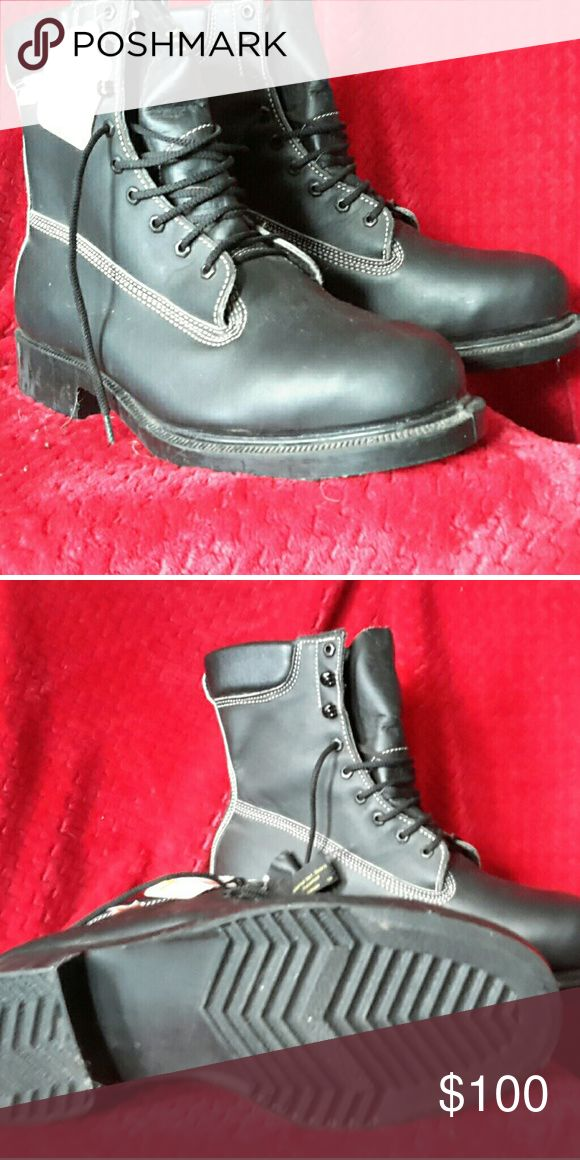 Size 14 mens work boots. Size 14 mens work boots. Brand New, never worn. Baught at Rocky. lehigh Shoes Boots
