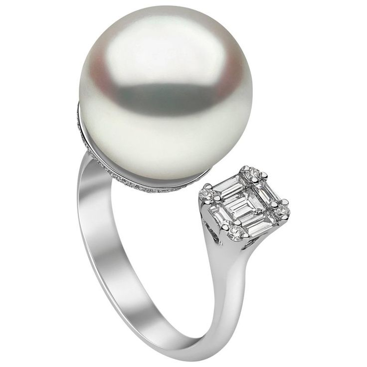 Yoko London White Gold with South Sea Pearl and White Diamonds Ring | From a unique collection of vintage cocktail-rings at https://www.1stdibs.com/jewelry/rings/cocktail-rings/