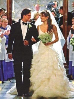 Лиз херли свадьба платье