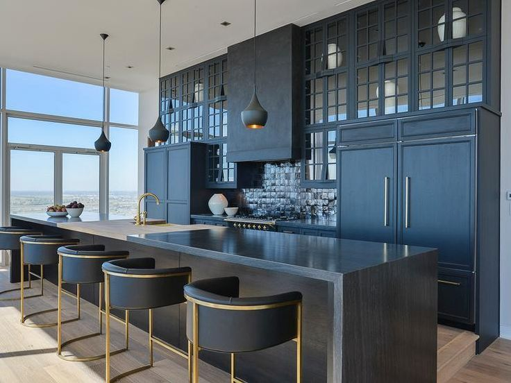 Best 25 bar stools for kitchen ideas on pinterest counter bar stools bar stool and island - Classic bar counter design ...