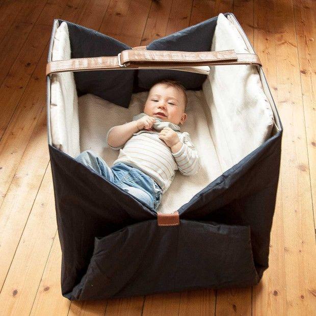 Sona – transportables Babybett und Krabbeldecke von Evelyn Lian Hausser