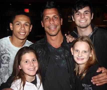 Danny Wood with his children.