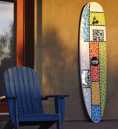 Wohin gehen die alte Surfbretter, wenn sie eine zu viele Riffe getroffen haben? Hier geben bei Tropical-Künstler, wir ihnen neues …