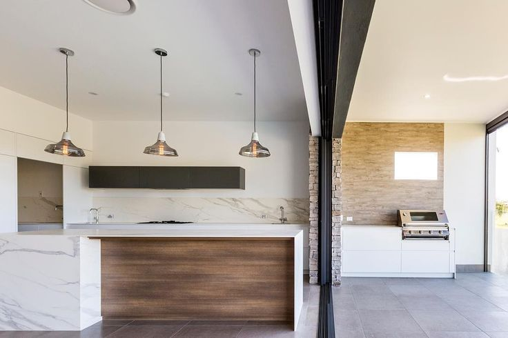"122 Likes, 5 Comments - CDK Stone (@cdkstone) on Instagram: ""Sensational Queensland home with Neolith Estatuario on the island benchtop and splashbacks, and…"""