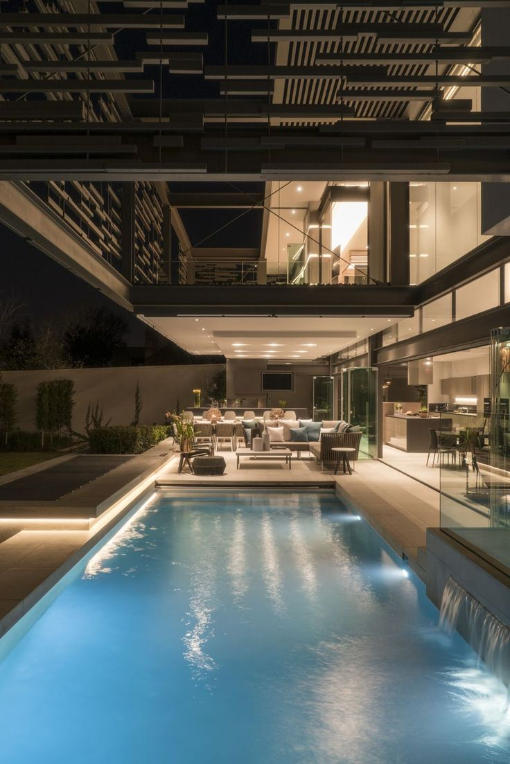 Forrest Road House | Entertain | Nico Van Der Meulen Architects