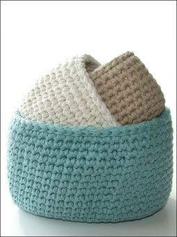 Pattern: oval cotton storage bins – I love stuff like this.