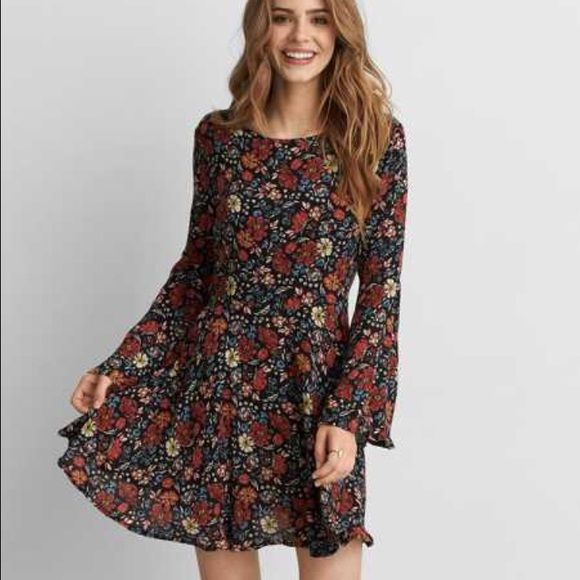 AE bell sleeve dress Brand new- only worn a couple of times. Navy blue with red, tan and light blue floral pattern. Flowing fit and bell sleeves. Super cute and comfy. American Eagle Outfitters Dresses Mini