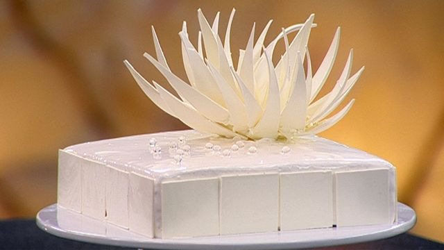 Quite the challenge, but must try this. 8 Different vanilla layers and that tempered white chocolate flower- Awesome!