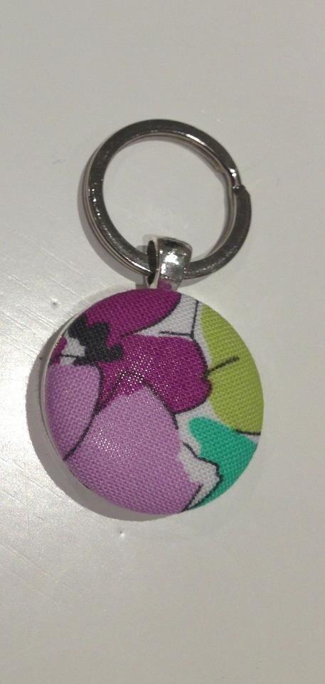 Fabric button pendant key ring