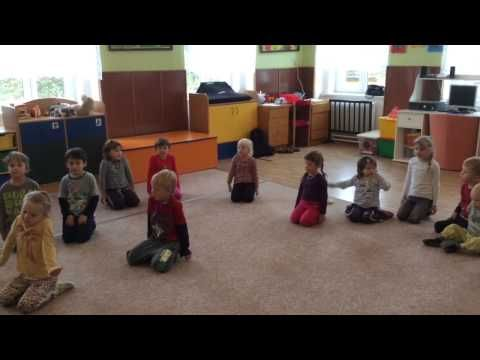 Medvídci v cirkuse - rozcvička - YouTube